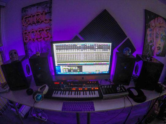 Ali Stone's LA studio setup - BRASH! Magazine Blog